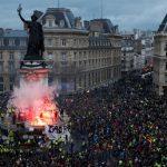 'Whatever happens, Russia did it!' Senator on 'absurd' Kiev claim FSB is behind France protests