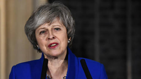 Theresa May to set out Plan B before MPs as UK heads towards no-deal Brexit
